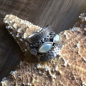 .925 Sterling Silver Mother of Pearl Cuff Ring